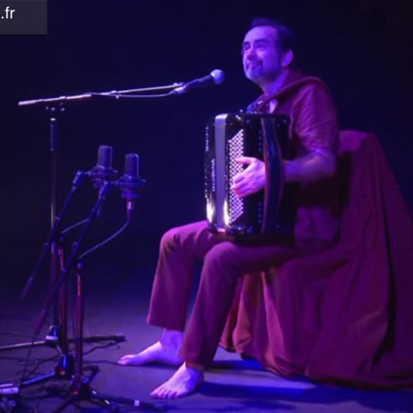 Solo de Michel Macias à l'Estaminet d'Uzeste (video)